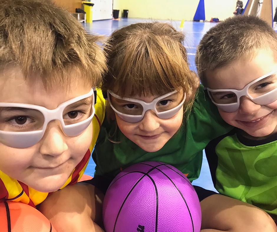 CB Calella - Entre el nou material, les ulleres màgiques ens fan més xulos