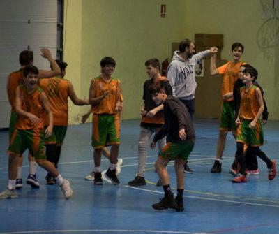 """La celebració a la pista del cadet """"B"""". Foto: Ivan Lluís"""