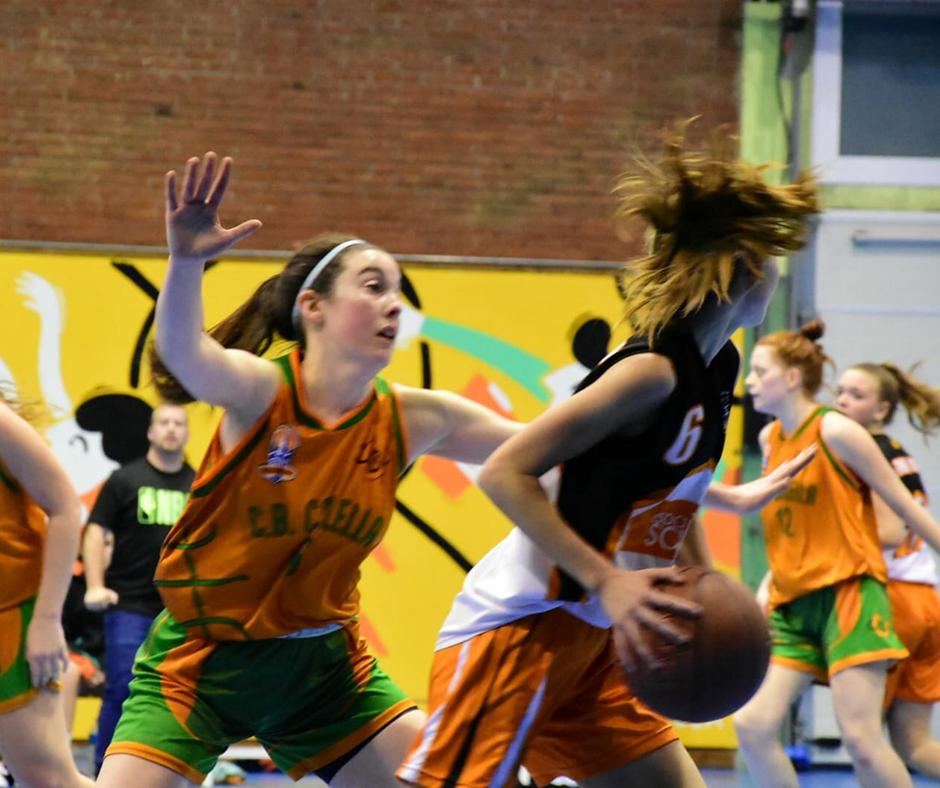 CB Calella - La Mireia Farreras en acció. Foto: Esther Pujol