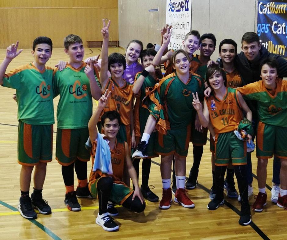 CB Calella - El preinfantil celebra la primera victòria