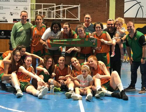 """Campiones de Barcelona! El júnior A femení s'enduu el títol en un """"Parc Dalmau"""" entregat"""