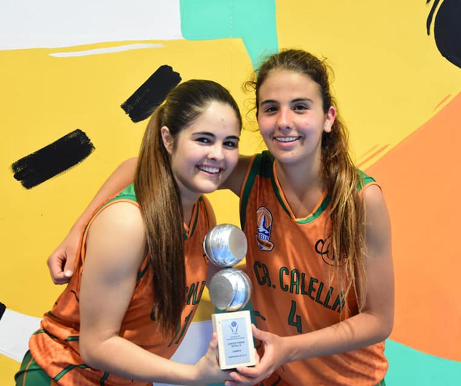 CB Calella - La Cristina Acosta i la Júlia Caselles, dues de les puntals