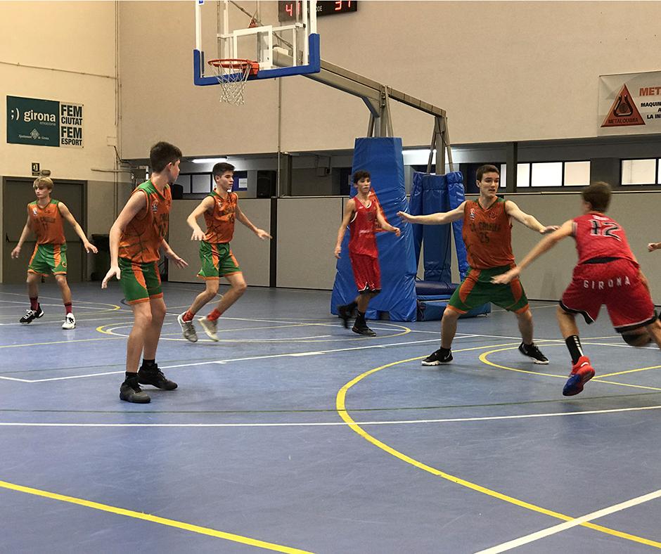 CB Calella - L'equip defensant en zona