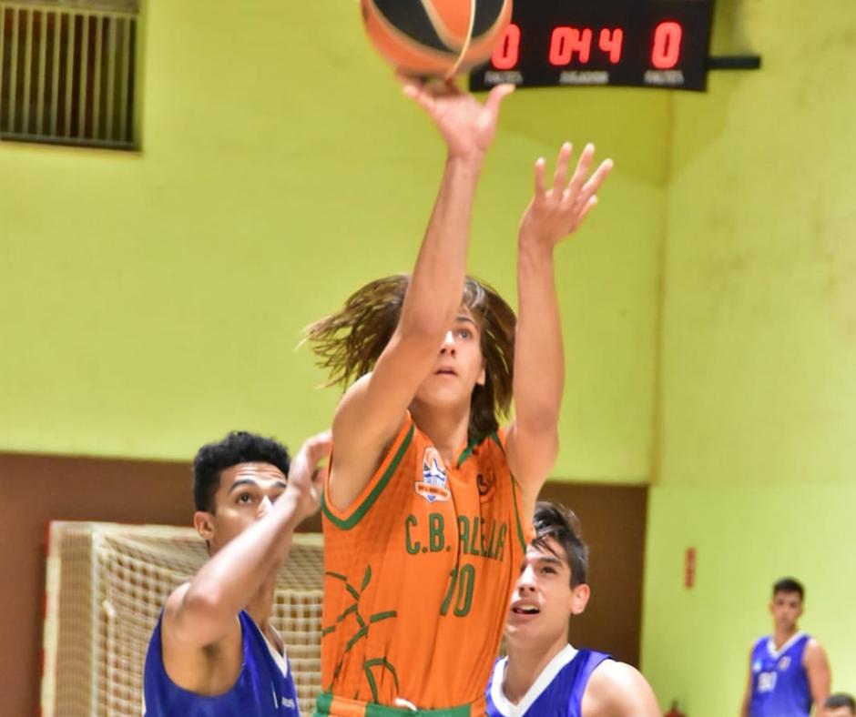 CB Calella - Cabells a l'aire. Foto: Esther Pujol