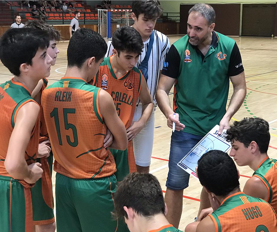 CB Calella - L'equip rebent les instruccions