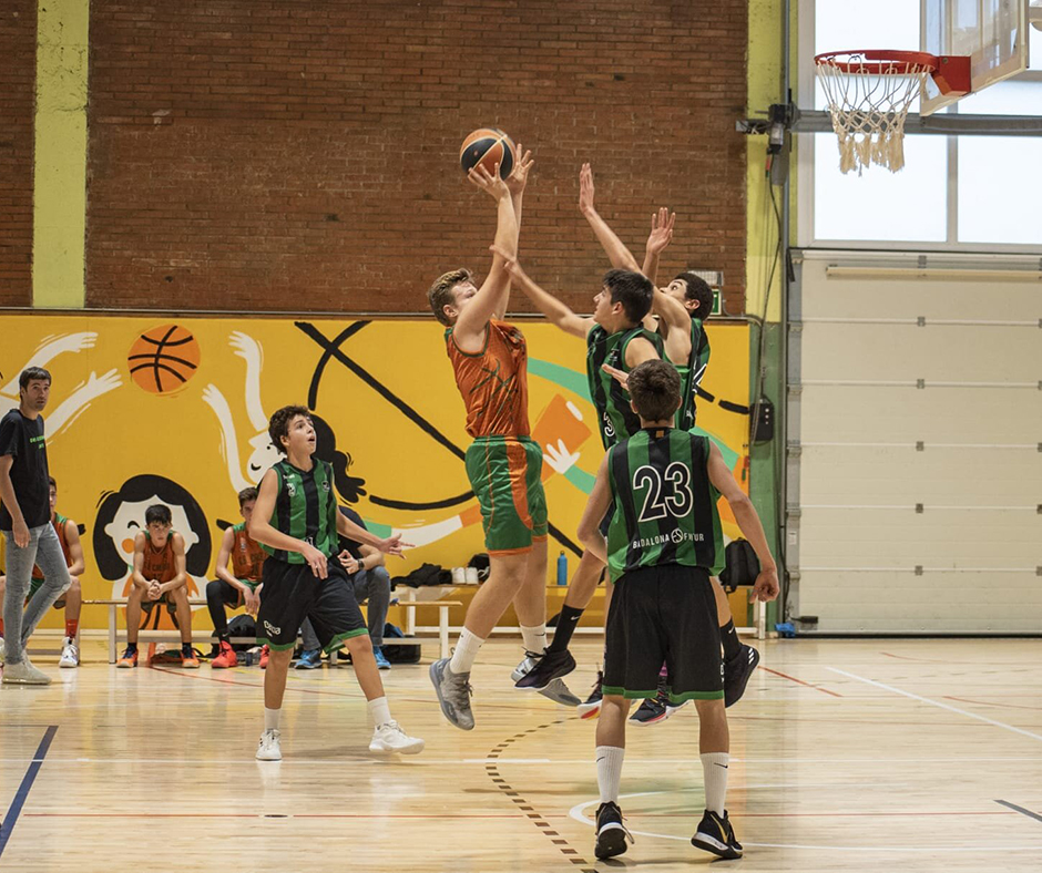 CB Calella - L'Enric Costa reapareixia després de la lesió al turmell. Foto: Ivan Lluís