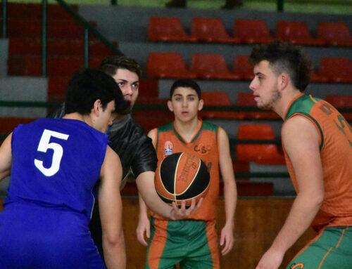 """Un 18-0 a l'últim quart ens fa guanyar: """"Hortalisses Pi"""" CB Calella, 50 – Cassanenc, 34"""