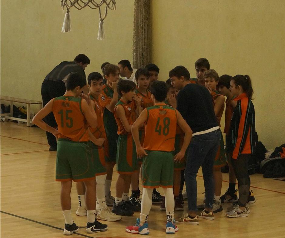 CB Calella - L'equip escolta els consells d'en Quim