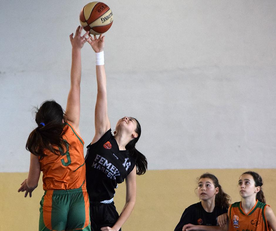 La Isona Batista lluitant per la pilota. Foto: Antonio Puente Granell